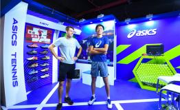 德米纳尔空降上海大师赛亚瑟士体验区,传递网球运动精神